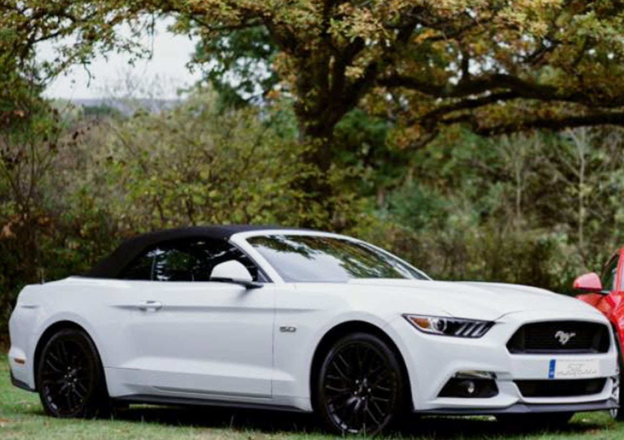 White ford mustang v8 hire mustang rental uk